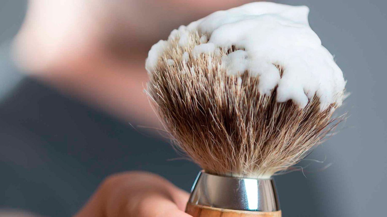 Чем побриться если нет пены